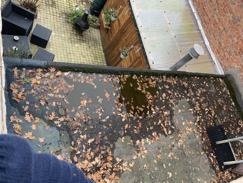 Te renoveren stuk plat dak