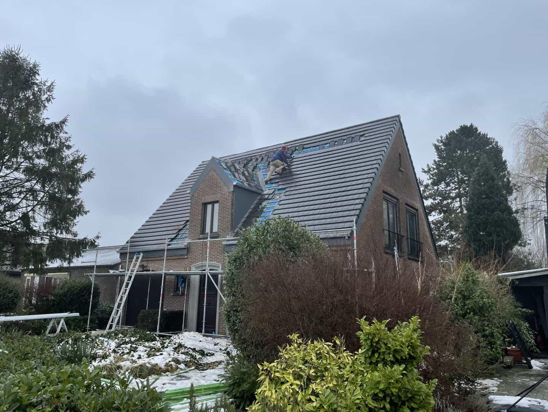 Nieuw dak is bijna klaar