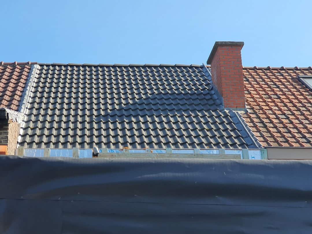 Foto 1 van dak voor installatie zonnepanelen Lokeren