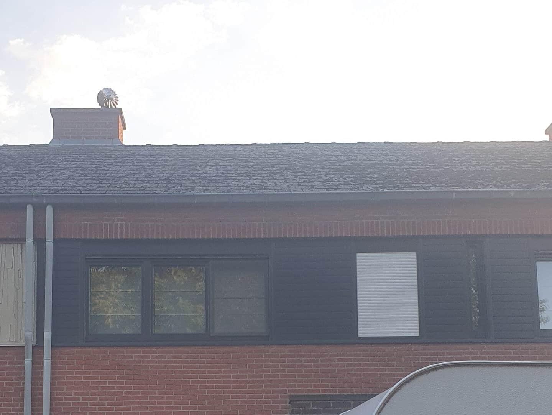 Te renoveren asbest houdend leien dak in Bornem