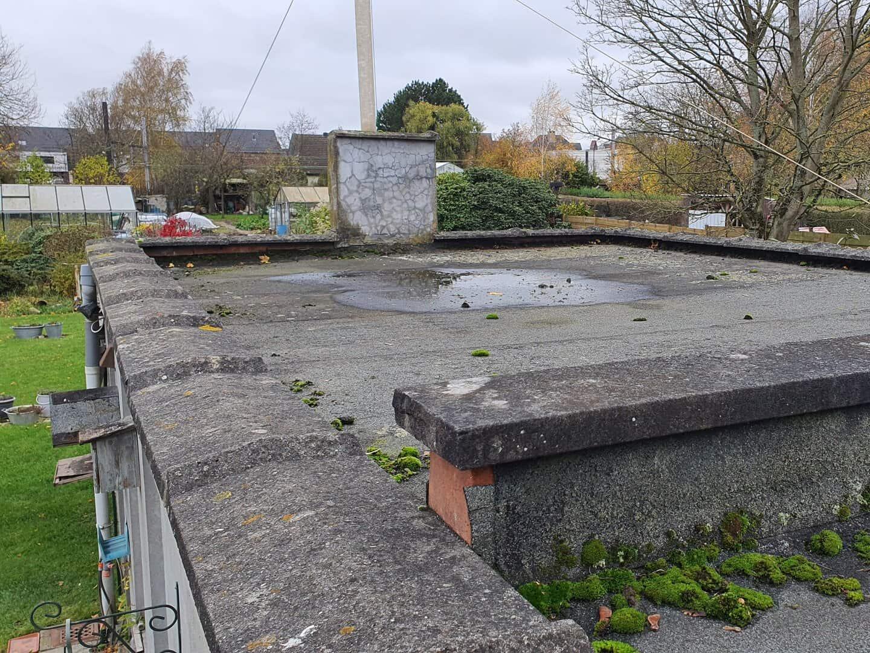 Te renoveren plat dak in Lint - andere zijde