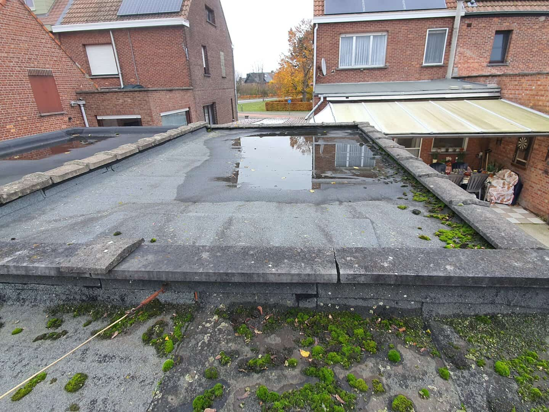 Te renoveren plat dak in Lint