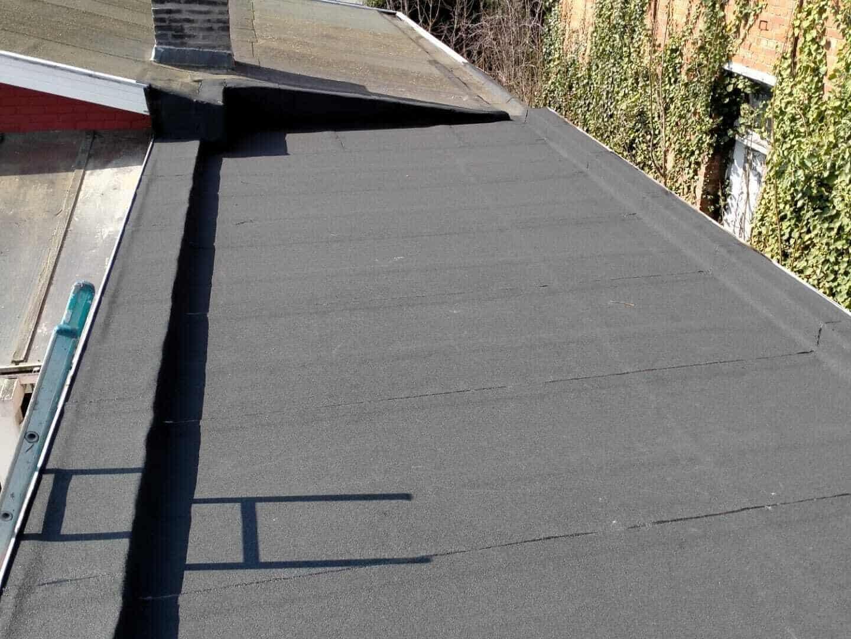 Plat dak gerenoveerd door Dural Bouwgroep
