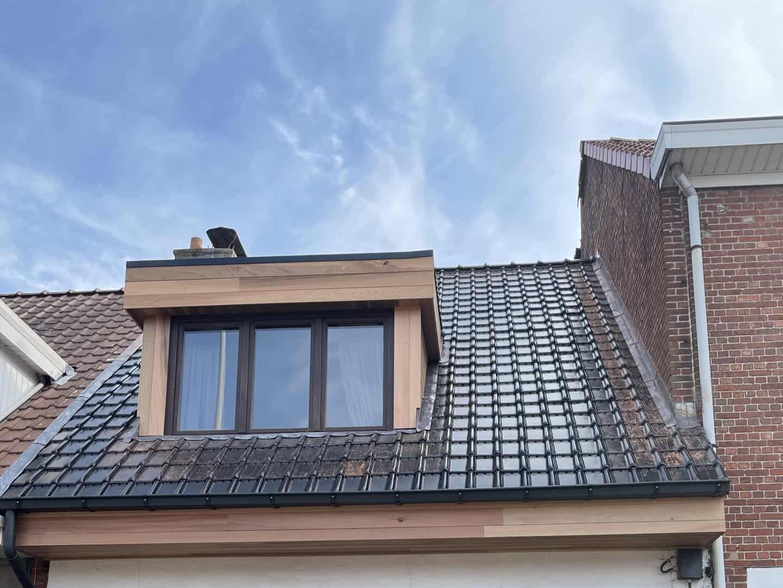 Gerenoveerd hellend dak in Wijnegem