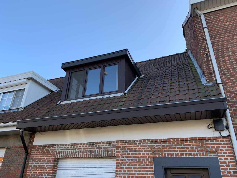 Te renoveren hellend dak in Wijnegem