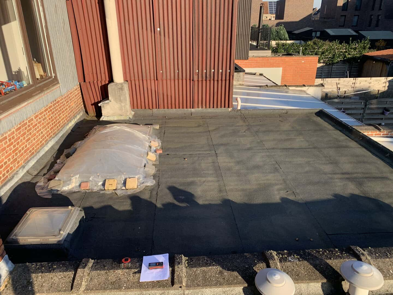 Te renoveren plat dak in Wijnegem