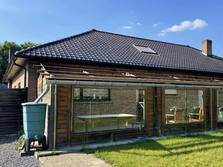 Gerenoveerd hellend dak