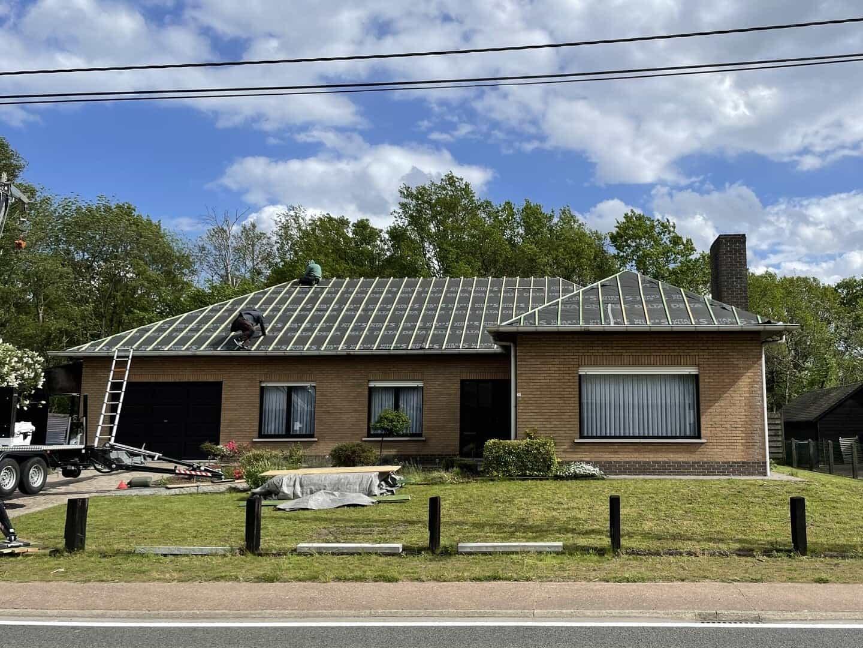 Dakrenovatie hellend dak in Rotselaar