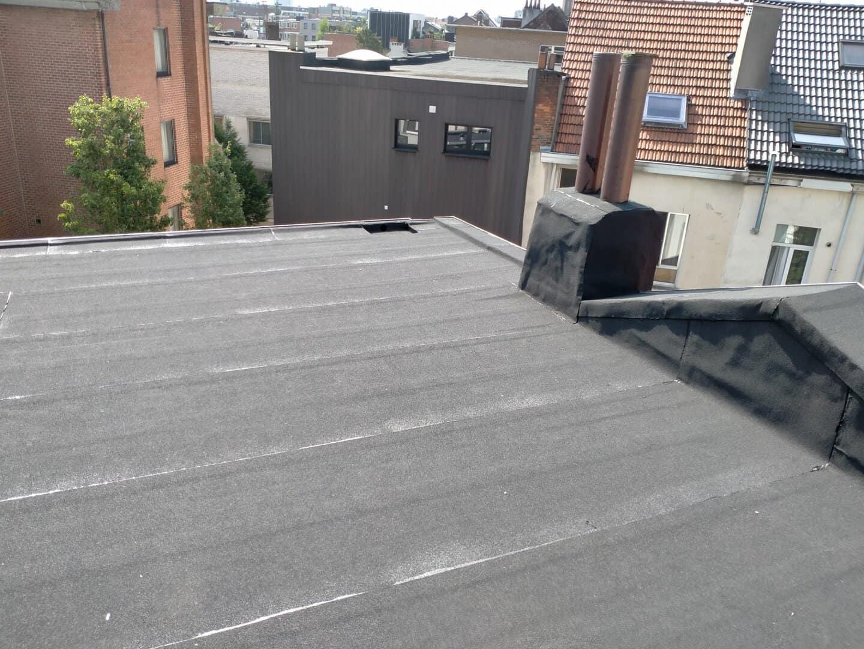 Andere kant gerenoveerd plat dak in Antwerpen