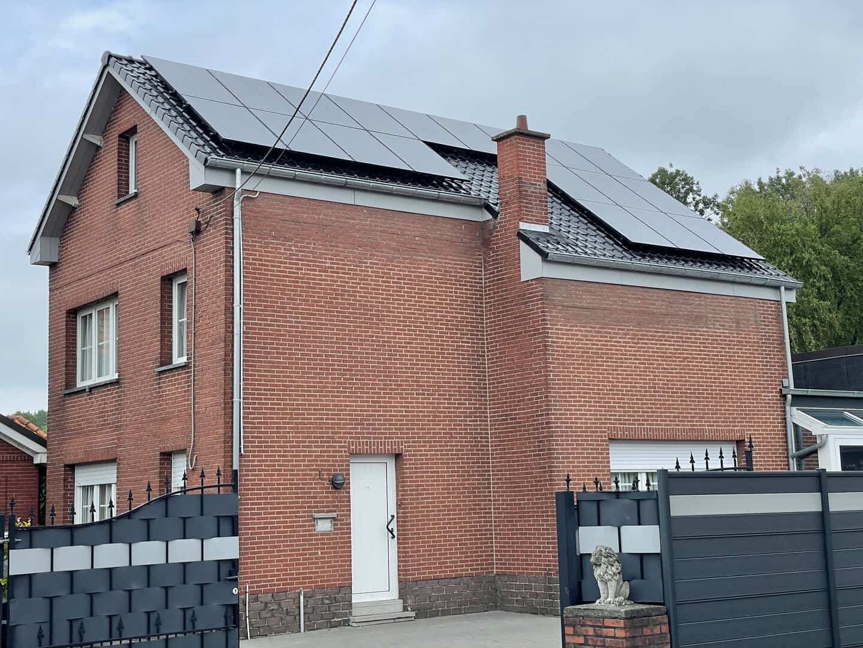 Gerenoveerd hellend dak in Puurs