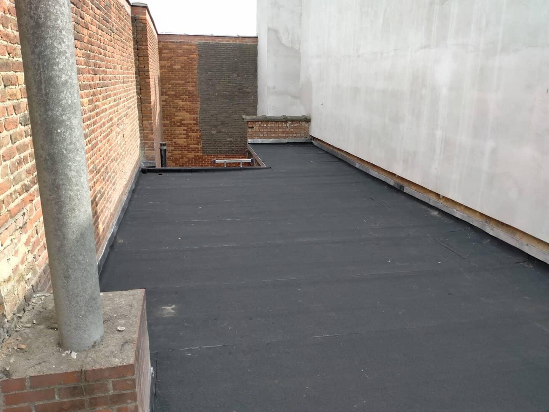 Gerenoveerd plat dak in Antwerpen