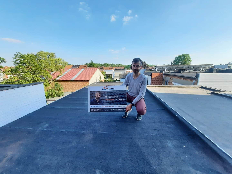 Dakrenovatie plat dak door Dural Bouwgroep in Wilrijk
