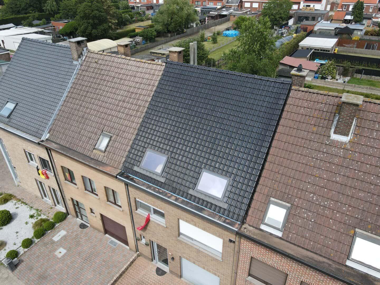 Dakrenovatie hellend dak in Stabroek